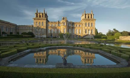 Tour Blenheim Palace, Downton Abbey Village & the Cotswolds