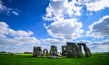 Tour: Salisbury, Stonehenge, Bath con Afternoon Tea a Salisbury Cathedral